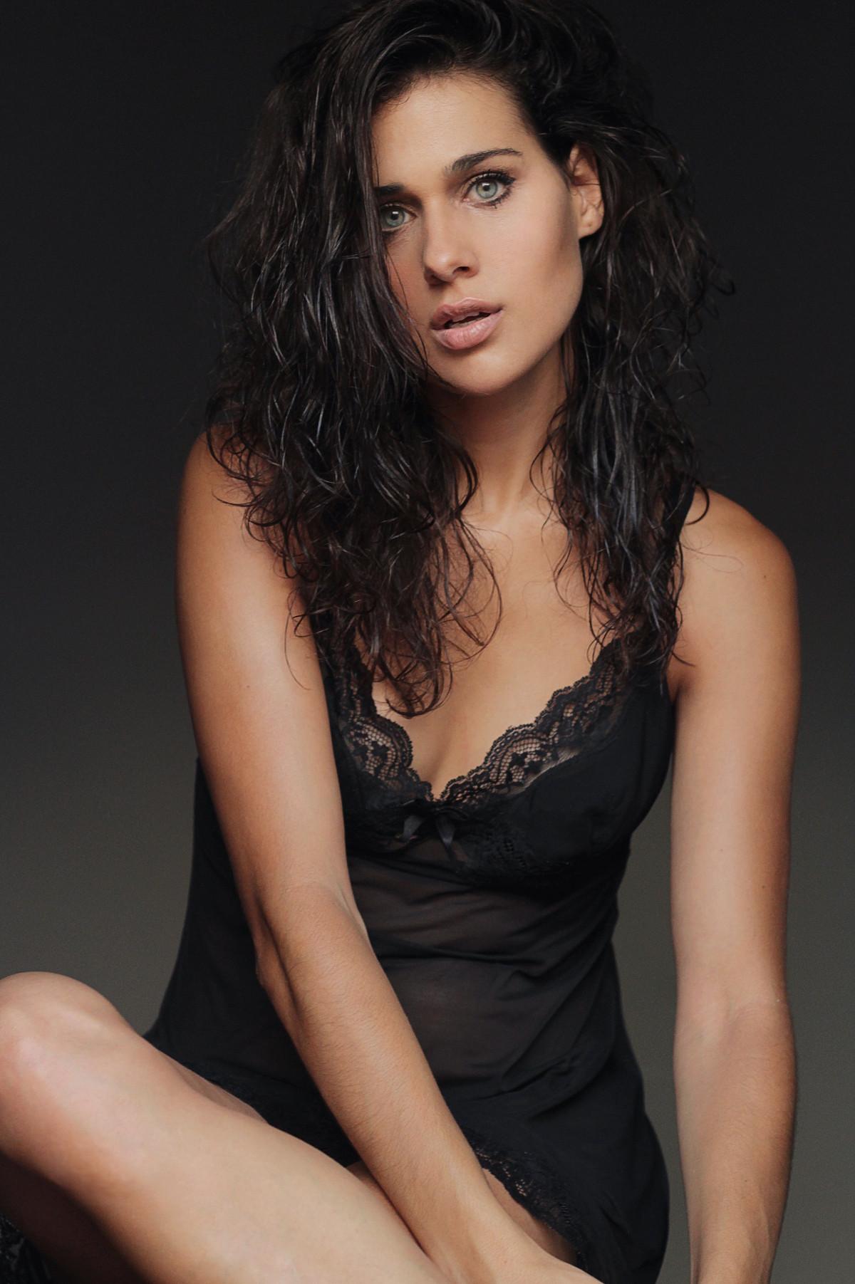 Iris Lezcano Actriz Modelo (6)
