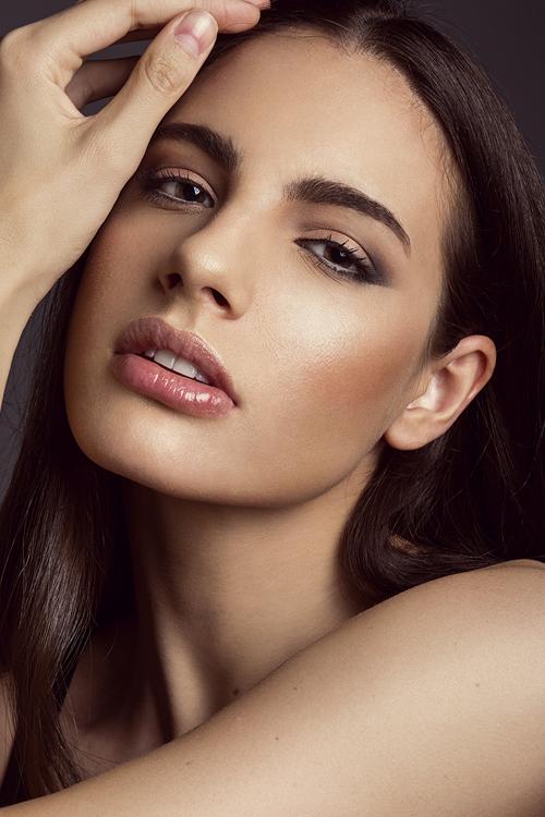 https://www.ciaomodels.com/models/letta-l/