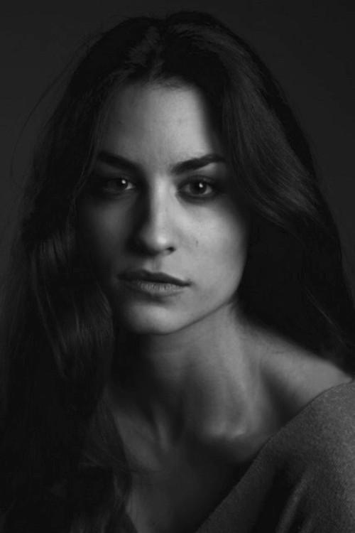 https://www.ciaomodels.com/models/sara-r/